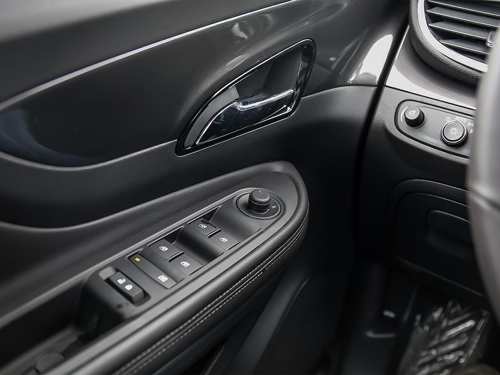 2019 Buick Encore Preferred in Dollard-des-Ormeaux, Quebec - 16 - w1024h768px
