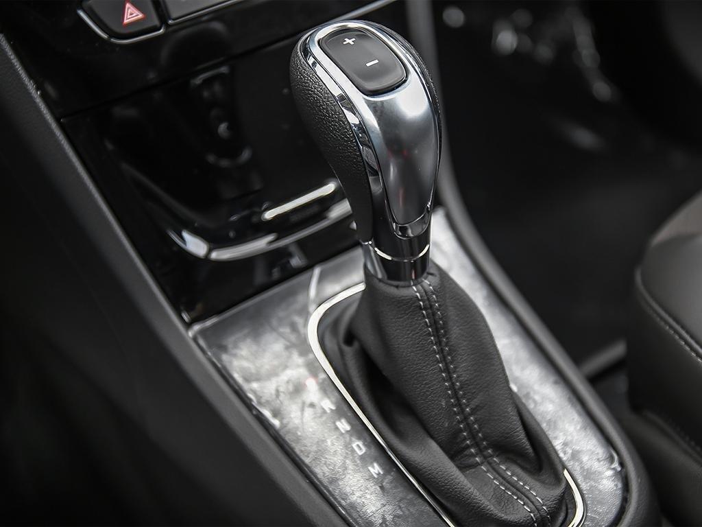 2019 Buick Encore Preferred in Dollard-des-Ormeaux, Quebec - 17 - w1024h768px