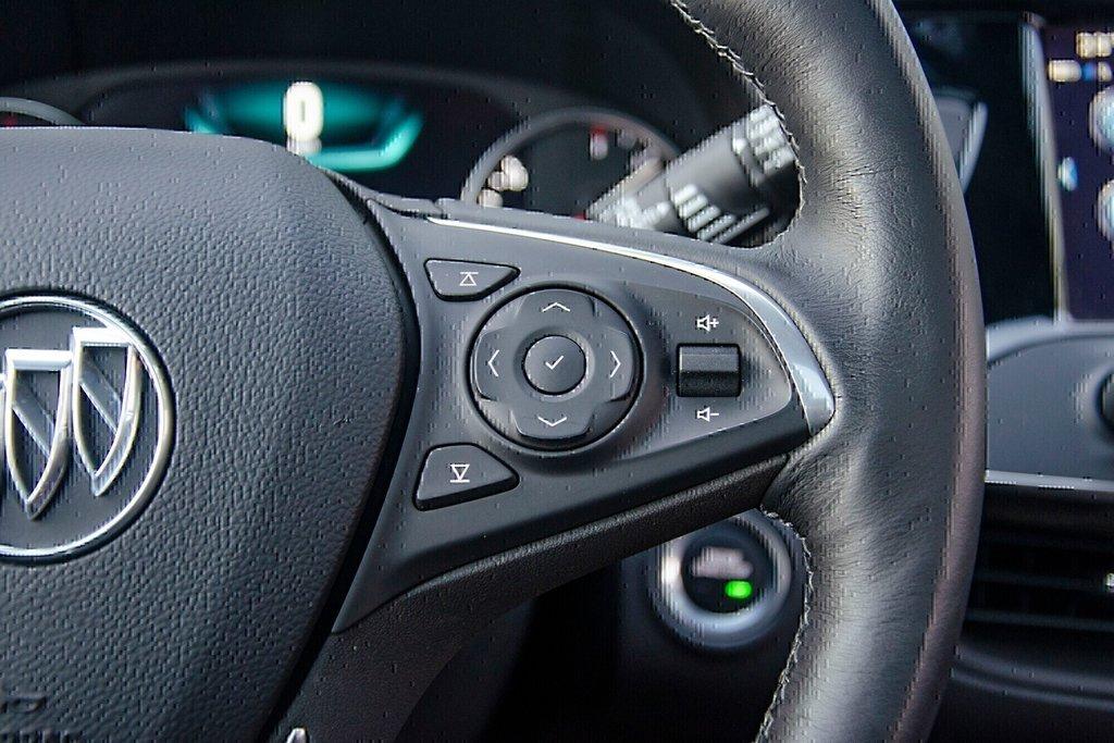 2019 Buick ENVISION Premium in Dollard-des-Ormeaux, Quebec - 9 - w1024h768px