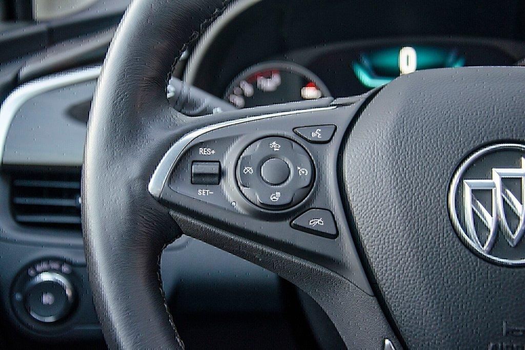 2019 Buick ENVISION Premium in Dollard-des-Ormeaux, Quebec - 8 - w1024h768px