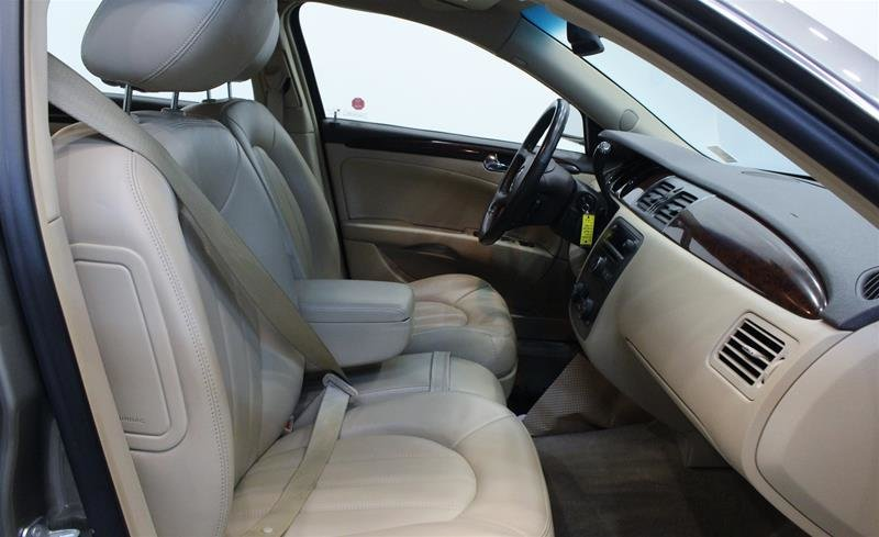 2011 Buick Lucerne CXL Sedan in Regina, Saskatchewan - 14 - w1024h768px