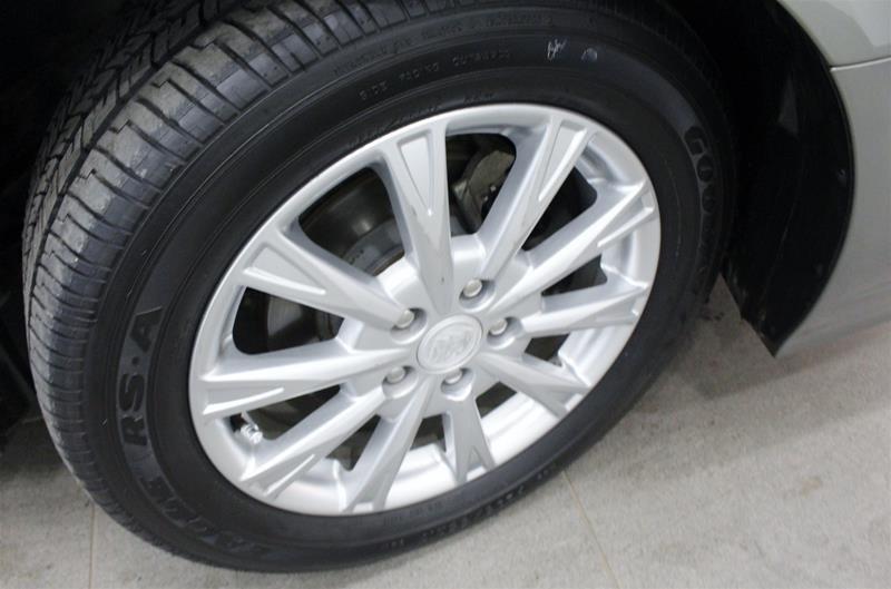 2011 Buick Lucerne CXL Sedan in Regina, Saskatchewan - 15 - w1024h768px