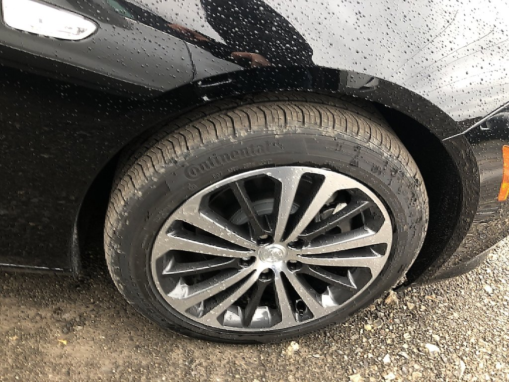 2019 Buick Regal Essence in Dollard-des-Ormeaux, Quebec - 4 - w1024h768px