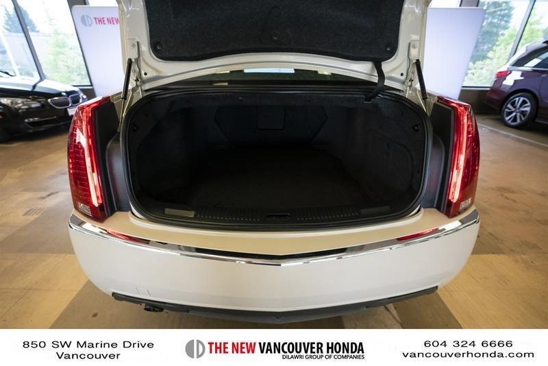 2011 Cadillac CTS Sedan 3.0L SIDI in Vancouver, British Columbia - 40 - w1024h768px