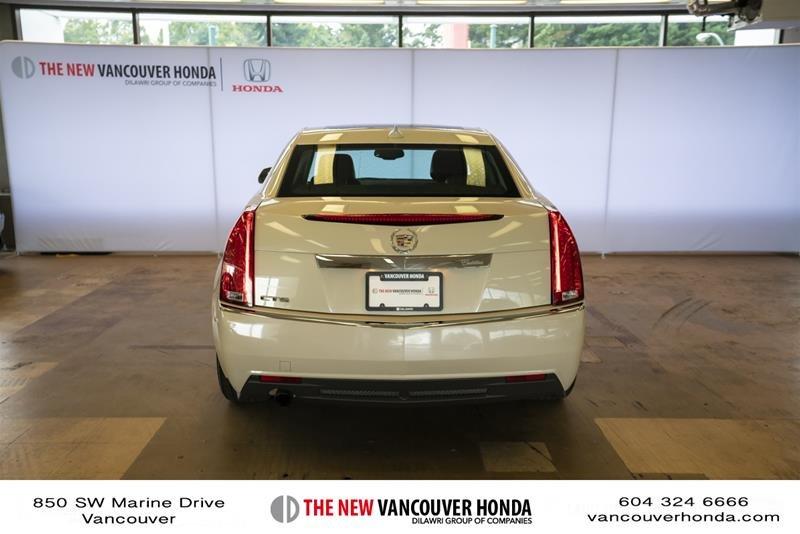 2011 Cadillac CTS Sedan 3.0L SIDI in Vancouver, British Columbia - 6 - w1024h768px