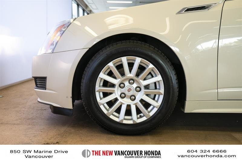 2011 Cadillac CTS Sedan 3.0L SIDI in Vancouver, British Columbia - 30 - w1024h768px