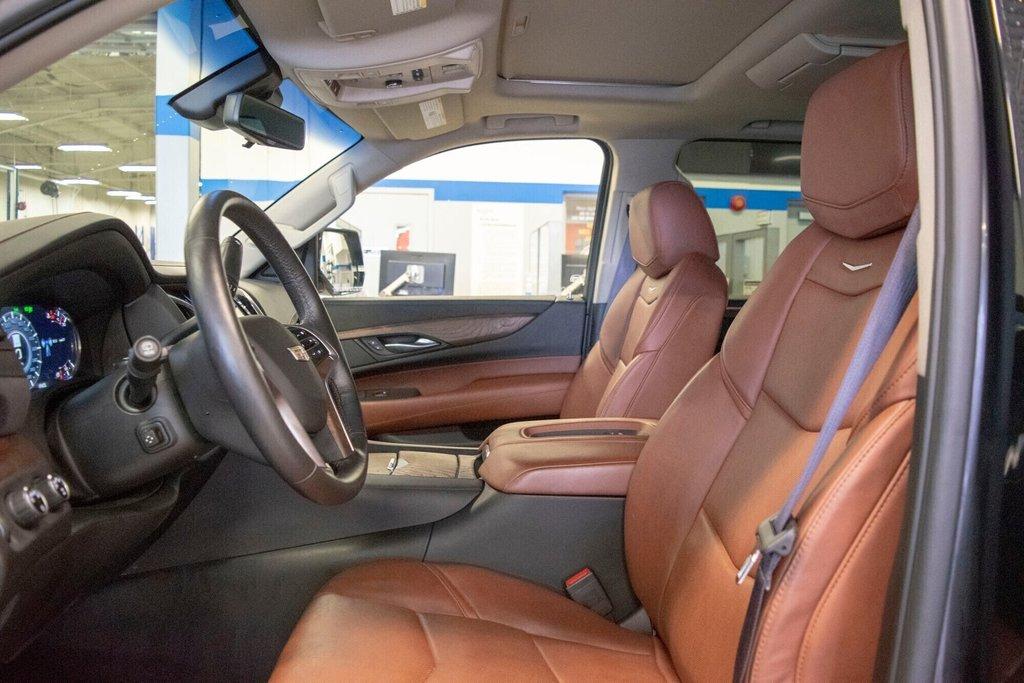 2017 Cadillac Escalade ESV Premium Luxury in Dollard-des-Ormeaux, Quebec - 24 - w1024h768px