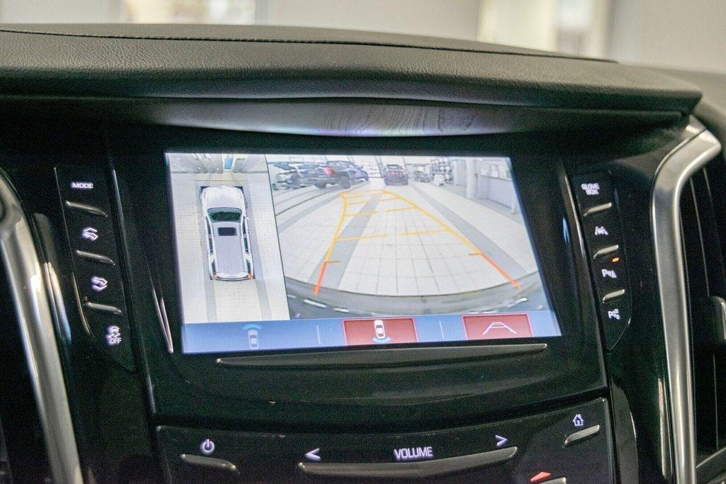 2017 Cadillac Escalade ESV Premium Luxury in Dollard-des-Ormeaux, Quebec - 22 - w1024h768px
