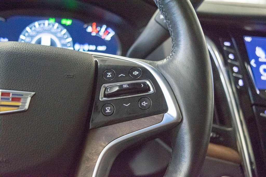 2017 Cadillac Escalade ESV Premium Luxury in Dollard-des-Ormeaux, Quebec - 14 - w1024h768px