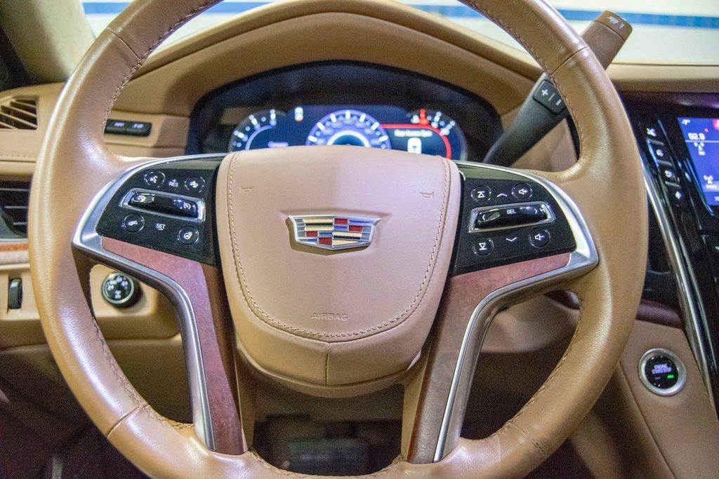 2016 Cadillac Escalade Platinum **DVD ** GPS ** CAMERA ** in Dollard-des-Ormeaux, Quebec - 17 - w1024h768px