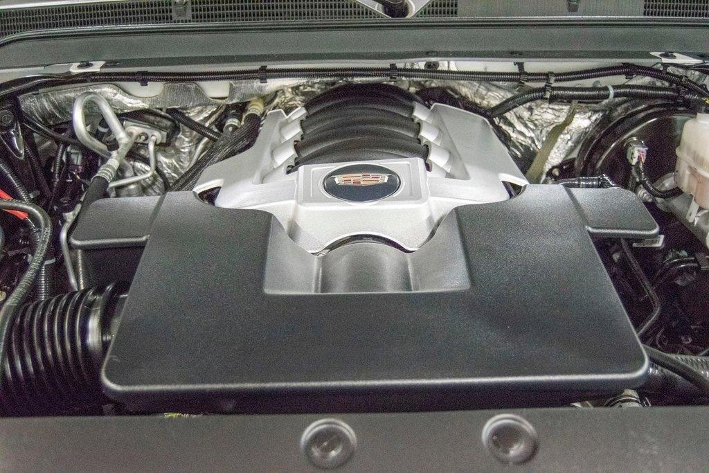 2016 Cadillac Escalade Platinum **DVD ** GPS ** CAMERA ** in Dollard-des-Ormeaux, Quebec - 33 - w1024h768px