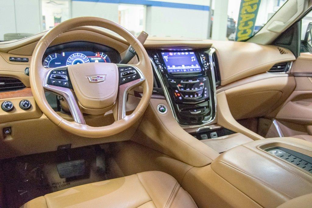 2016 Cadillac Escalade Platinum **DVD ** GPS ** CAMERA ** in Dollard-des-Ormeaux, Quebec - 15 - w1024h768px