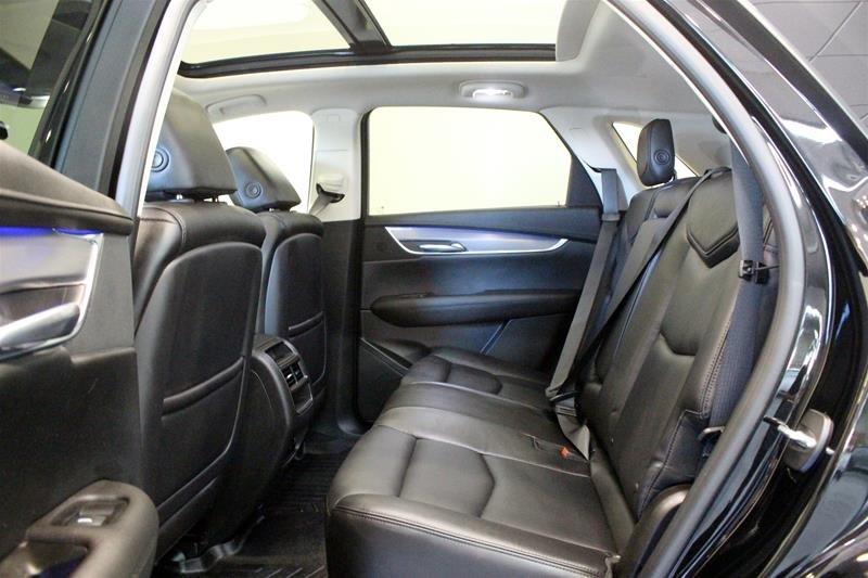 2017 Cadillac XT5 AWD Premium Luxury in Regina, Saskatchewan - 12 - w1024h768px