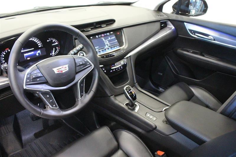 2017 Cadillac XT5 AWD Premium Luxury in Regina, Saskatchewan - 11 - w1024h768px