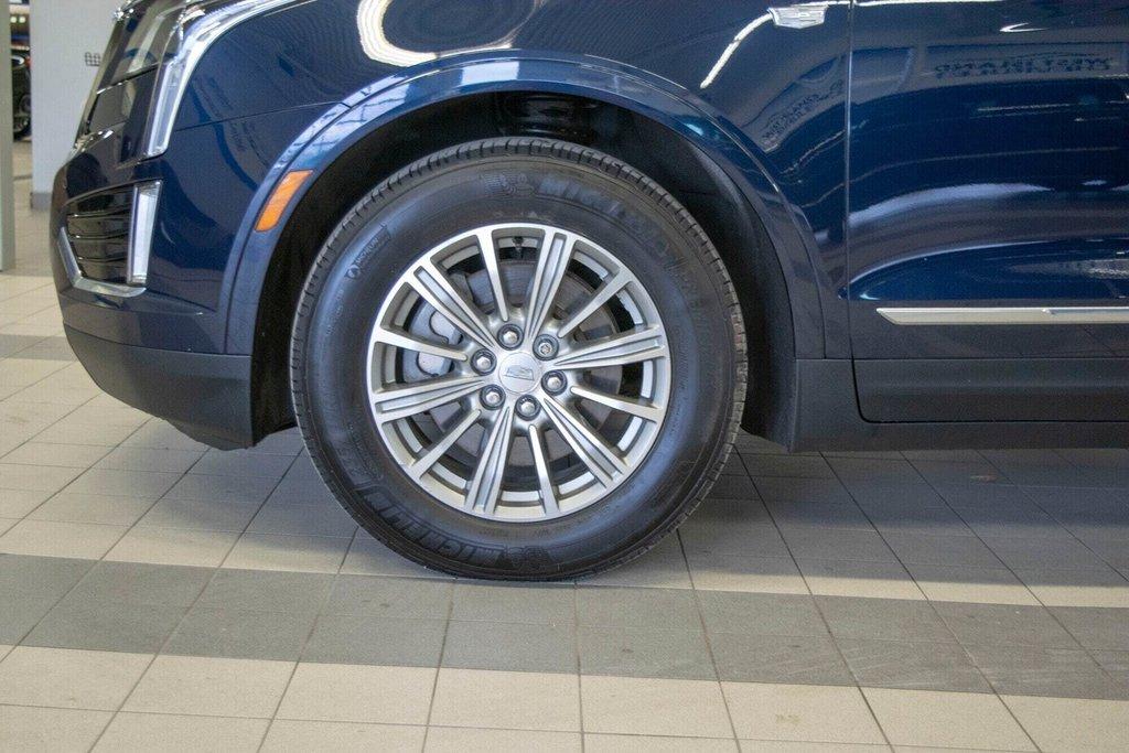 2017 Cadillac XT5 Luxury ** TOIT PANO ** AWD ** in Dollard-des-Ormeaux, Quebec - 35 - w1024h768px