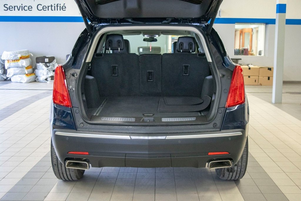 2017 Cadillac XT5 Luxury ** TOIT PANO ** AWD ** in Dollard-des-Ormeaux, Quebec - 9 - w1024h768px