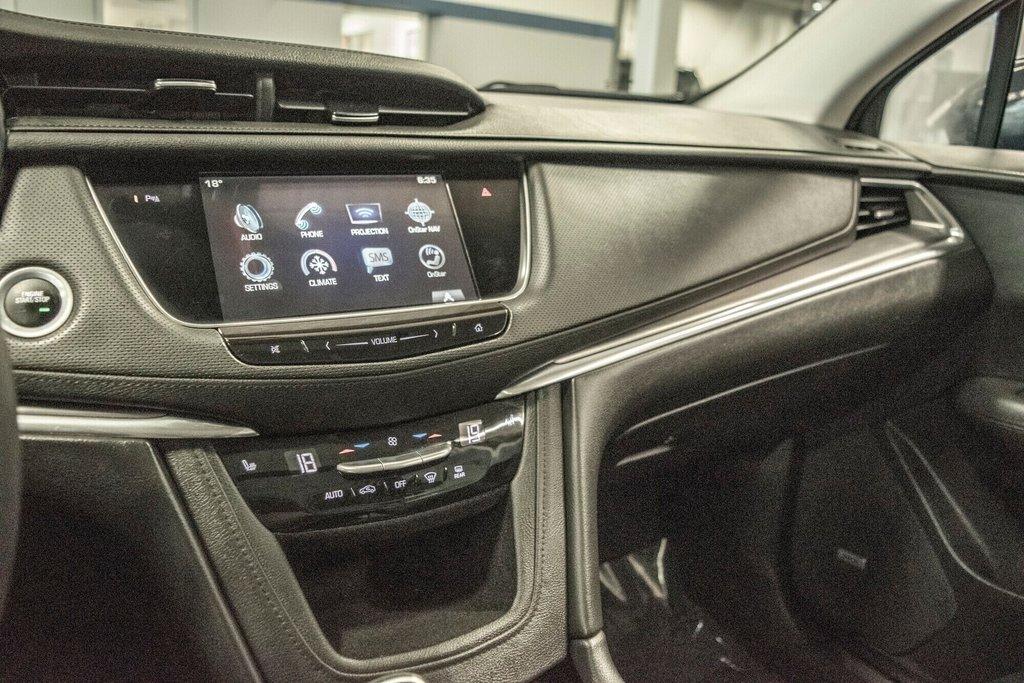 2017 Cadillac XT5 Luxury ** TOIT PANO ** AWD ** in Dollard-des-Ormeaux, Quebec - 19 - w1024h768px