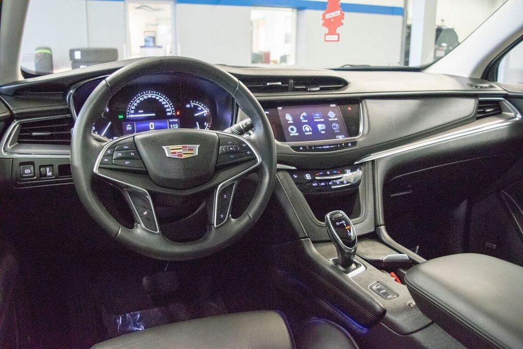 2017 Cadillac XT5 Luxury ** TOIT PANO ** AWD ** in Dollard-des-Ormeaux, Quebec - 22 - w1024h768px