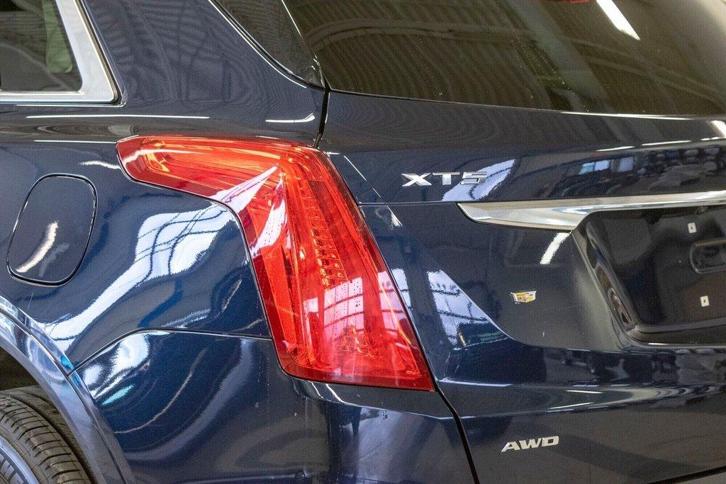 2017 Cadillac XT5 Luxury ** TOIT PANO ** AWD ** in Dollard-des-Ormeaux, Quebec - 30 - w1024h768px