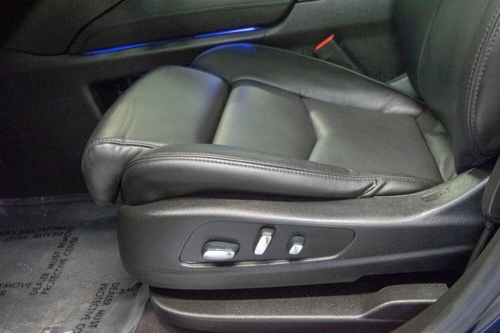 2017 Cadillac XT5 Luxury ** TOIT PANO ** AWD ** in Dollard-des-Ormeaux, Quebec - 25 - w1024h768px