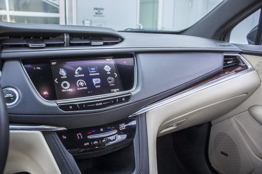 2017 Cadillac XT5 Luxury ** GPS ** CAMERA ** TOIT PANO ** in Dollard-des-Ormeaux, Quebec - 14 - w1024h768px