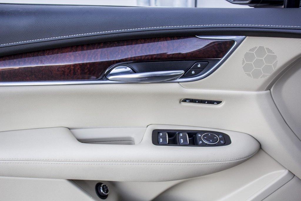 2017 Cadillac XT5 Luxury ** GPS ** CAMERA ** TOIT PANO ** in Dollard-des-Ormeaux, Quebec - 26 - w1024h768px