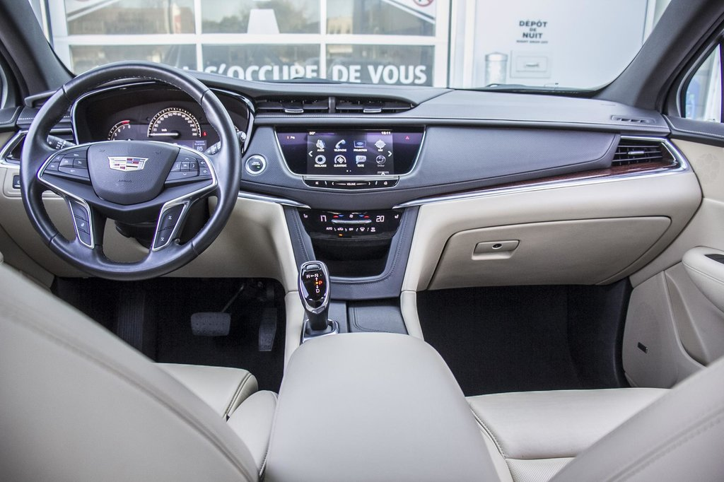 2017 Cadillac XT5 Luxury ** GPS ** CAMERA ** TOIT PANO ** in Dollard-des-Ormeaux, Quebec - 23 - w1024h768px
