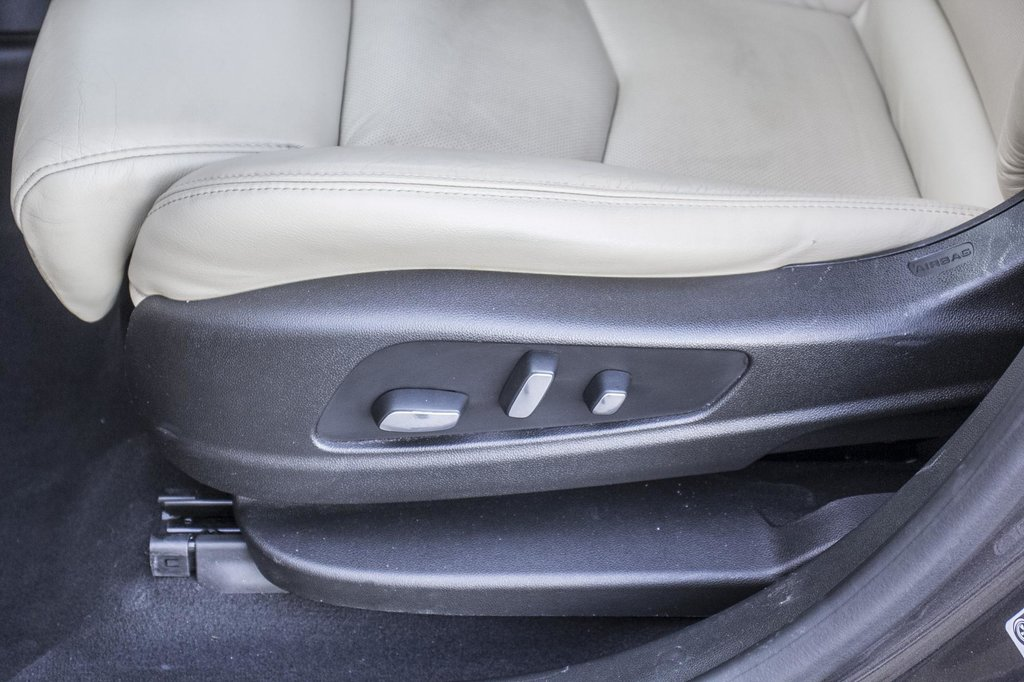 2017 Cadillac XT5 Luxury ** GPS ** CAMERA ** TOIT PANO ** in Dollard-des-Ormeaux, Quebec - 25 - w1024h768px