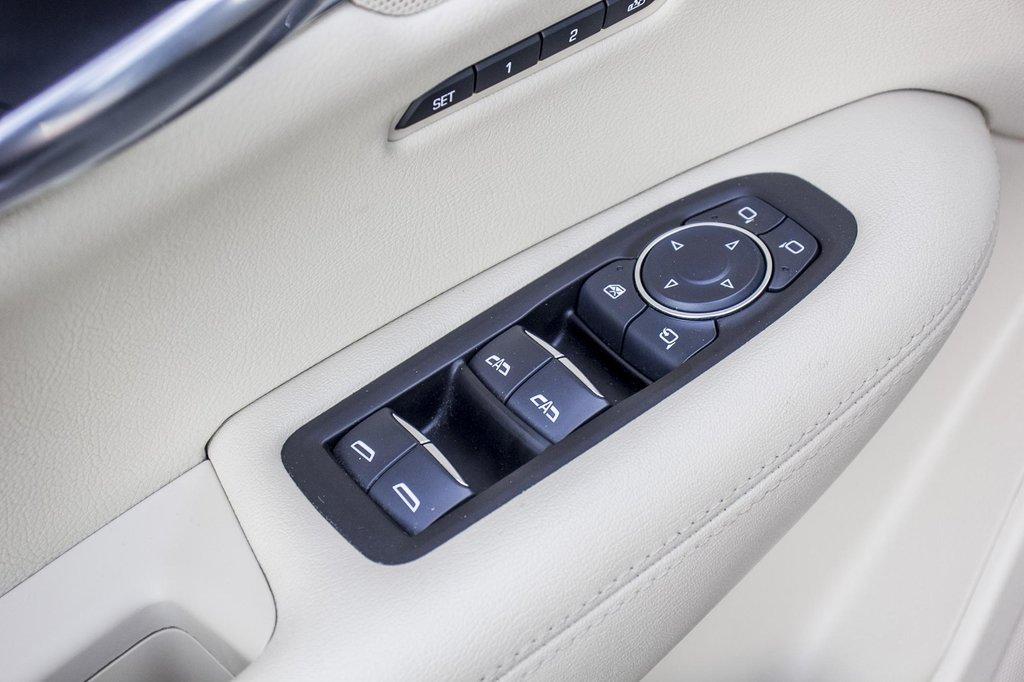2017 Cadillac XT5 Luxury ** GPS ** CAMERA ** TOIT PANO ** in Dollard-des-Ormeaux, Quebec - 27 - w1024h768px