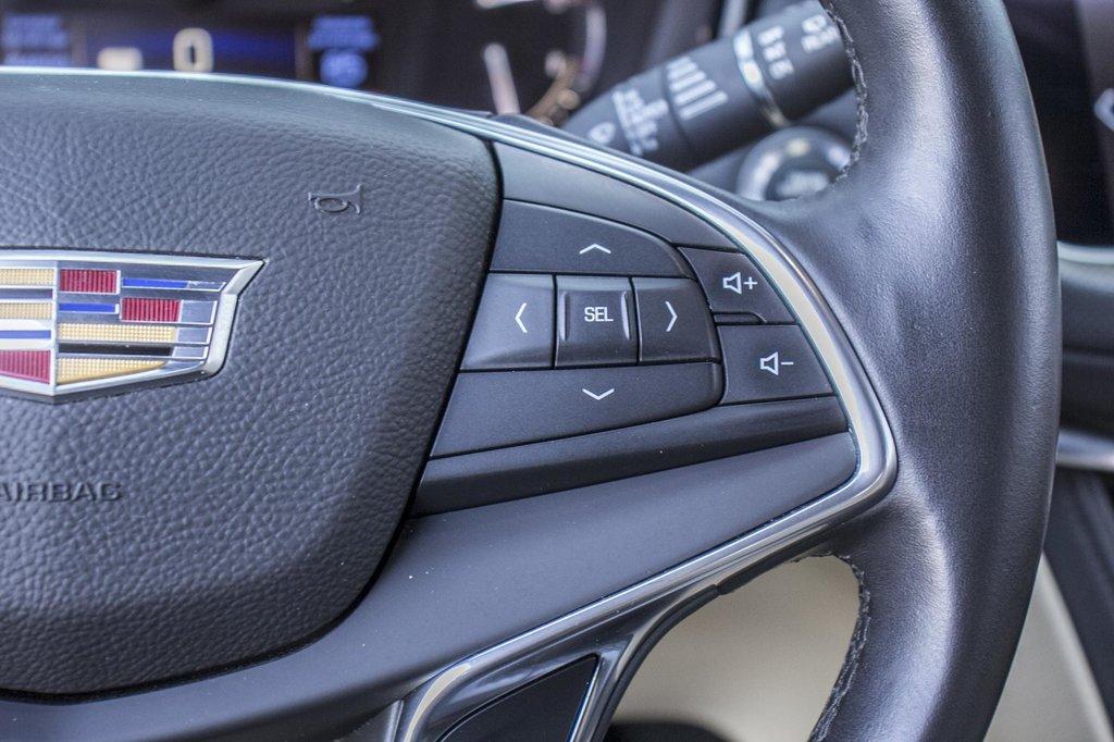 2017 Cadillac XT5 Luxury ** GPS ** CAMERA ** TOIT PANO ** in Dollard-des-Ormeaux, Quebec - 13 - w1024h768px