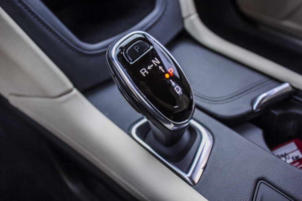 2017 Cadillac XT5 Luxury ** GPS ** CAMERA ** TOIT PANO ** in Dollard-des-Ormeaux, Quebec - 15 - w1024h768px