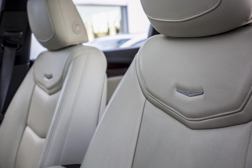 2017 Cadillac XT5 Luxury ** NAVIGATION ** AWD ** 3.99% 60 MOIS ** in Dollard-des-Ormeaux, Quebec - 41 - w1024h768px