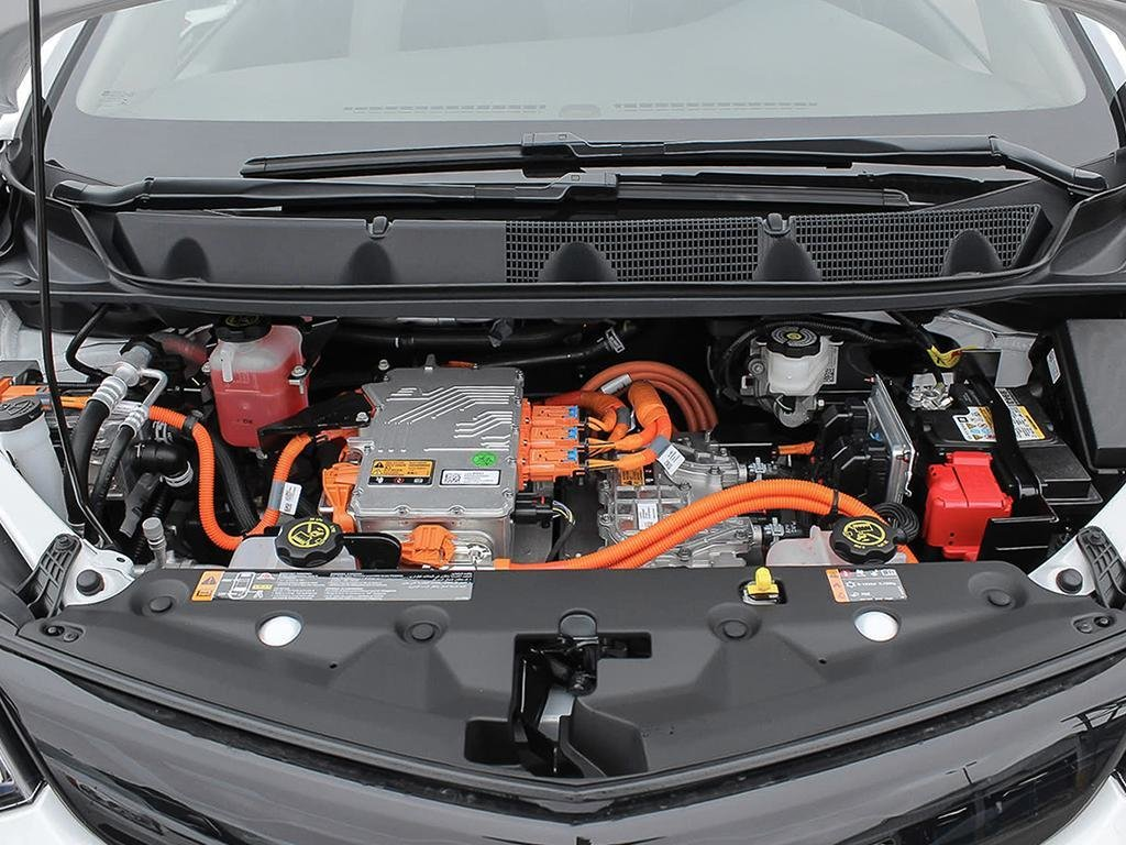 2019 Chevrolet Bolt EV LT in Dollard-des-Ormeaux, Quebec - 6 - w1024h768px