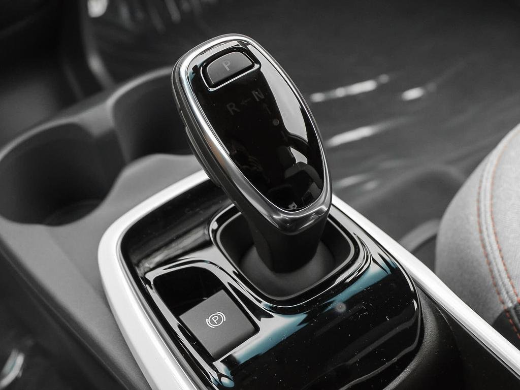 2019 Chevrolet Bolt EV LT in Dollard-des-Ormeaux, Quebec - 17 - w1024h768px
