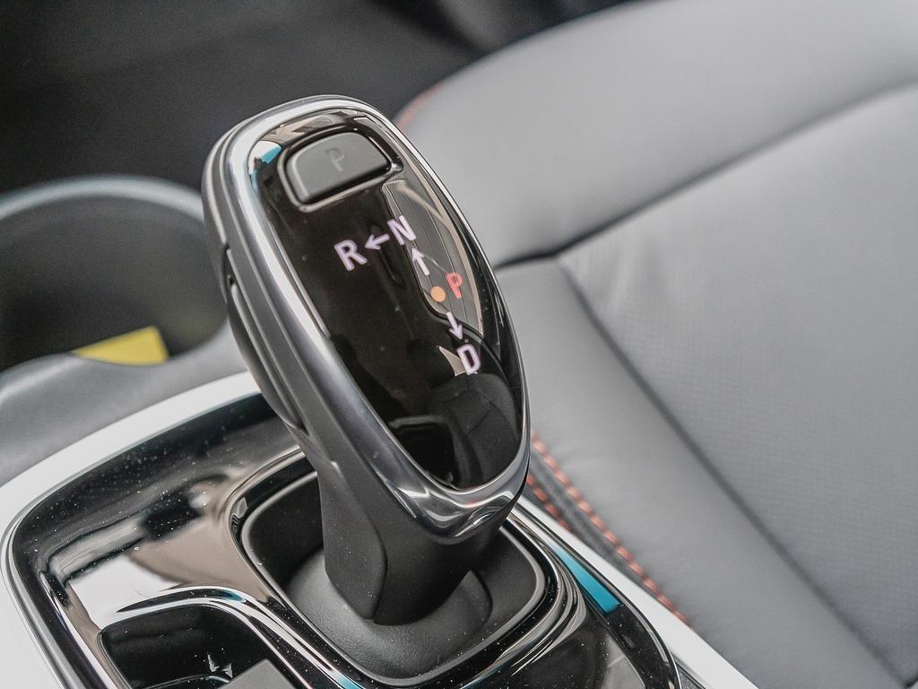 2019 Chevrolet Bolt EV Premier in Dollard-des-Ormeaux, Quebec - 17 - w1024h768px