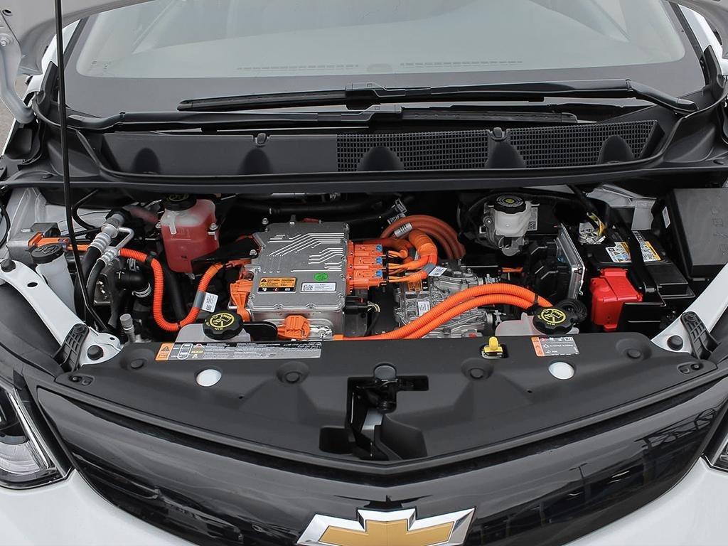 2019 Chevrolet Bolt EV Premier in Dollard-des-Ormeaux, Quebec - 6 - w1024h768px