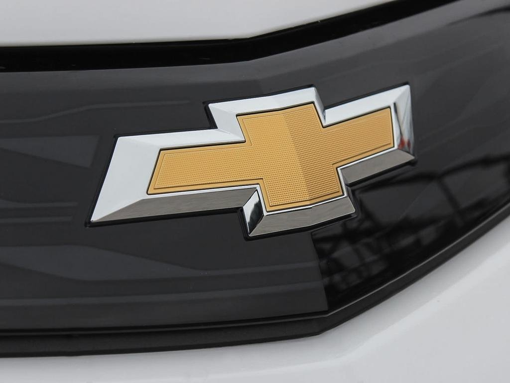 2019 Chevrolet Bolt EV Premier in Dollard-des-Ormeaux, Quebec - 9 - w1024h768px