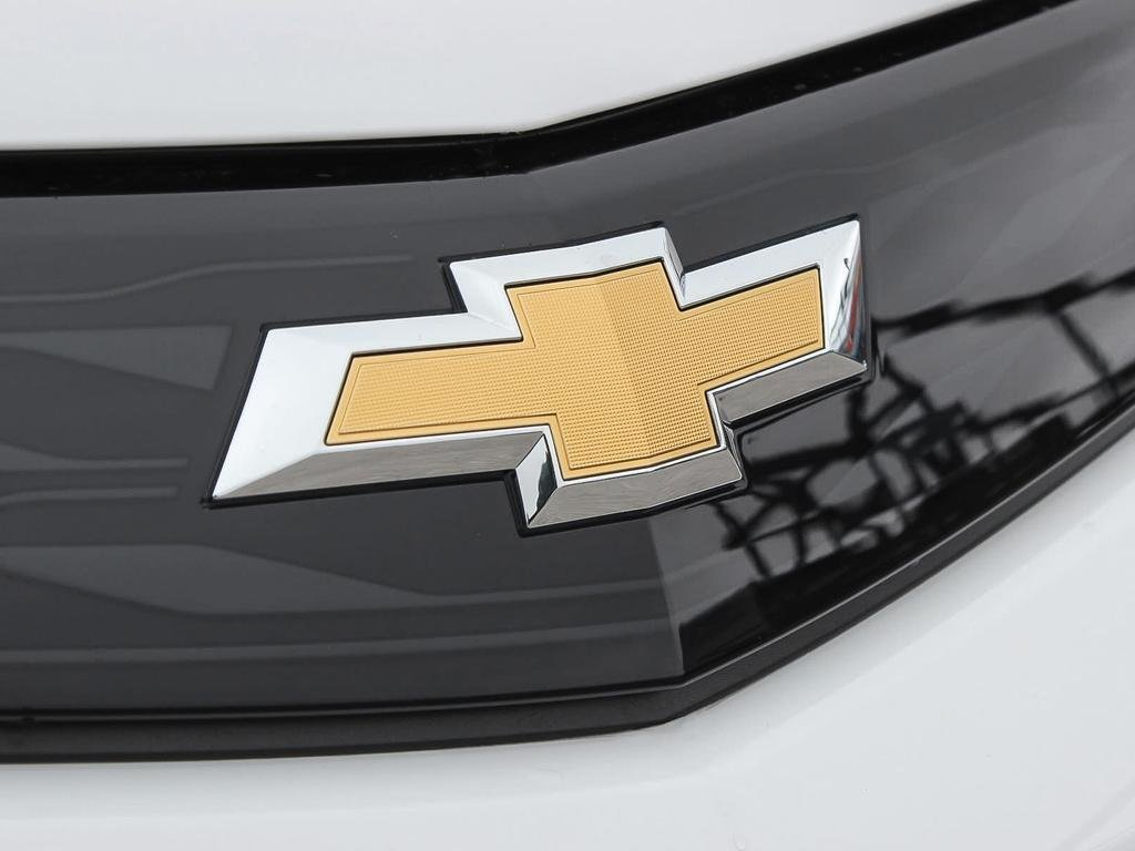 2019 Chevrolet Bolt EV LT in Dollard-des-Ormeaux, Quebec - 9 - w1024h768px