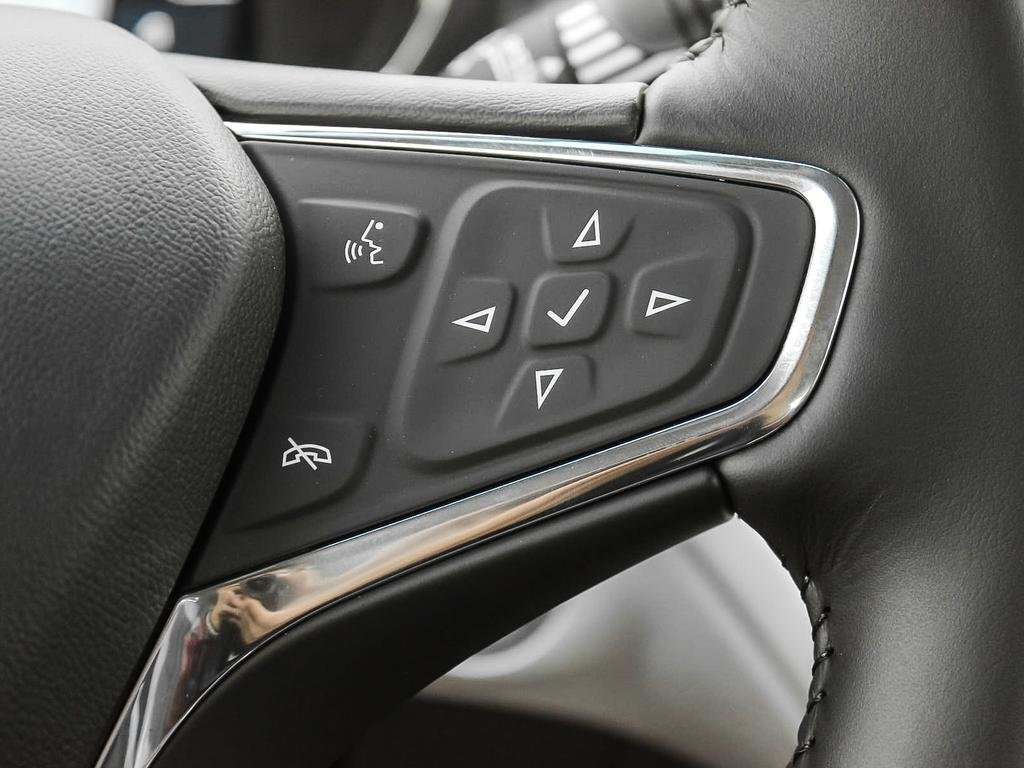 2019 Chevrolet Bolt EV LT in Dollard-des-Ormeaux, Quebec - 15 - w1024h768px