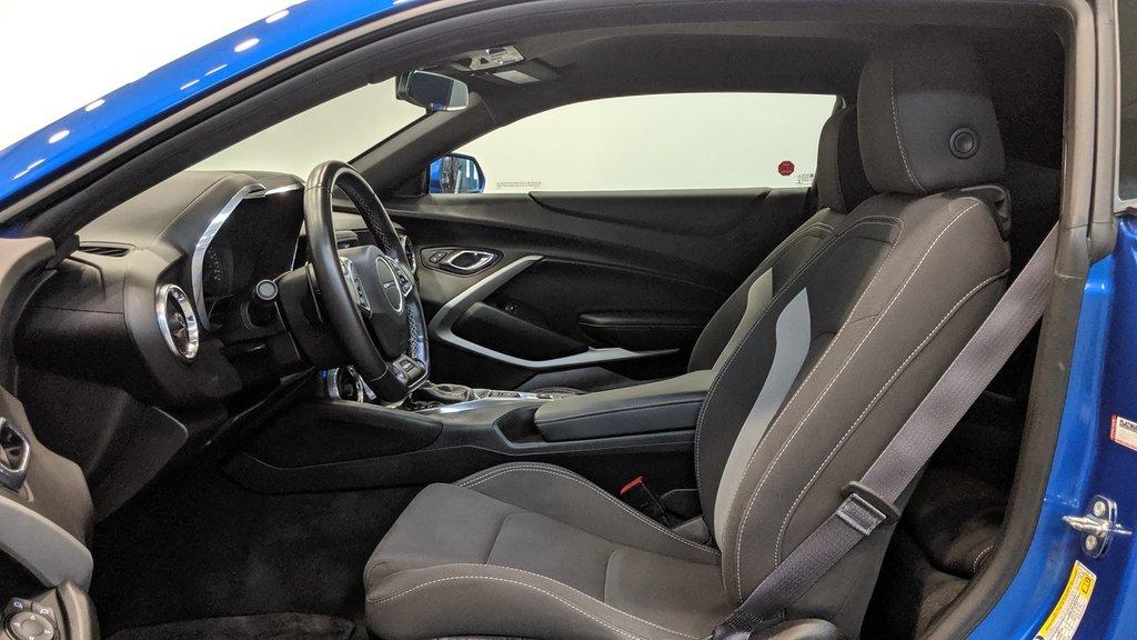 2017 Chevrolet Camaro Coupe 1LT in Regina, Saskatchewan - 11 - w1024h768px