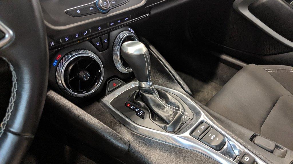 2017 Chevrolet Camaro Coupe 1LT in Regina, Saskatchewan - 4 - w1024h768px