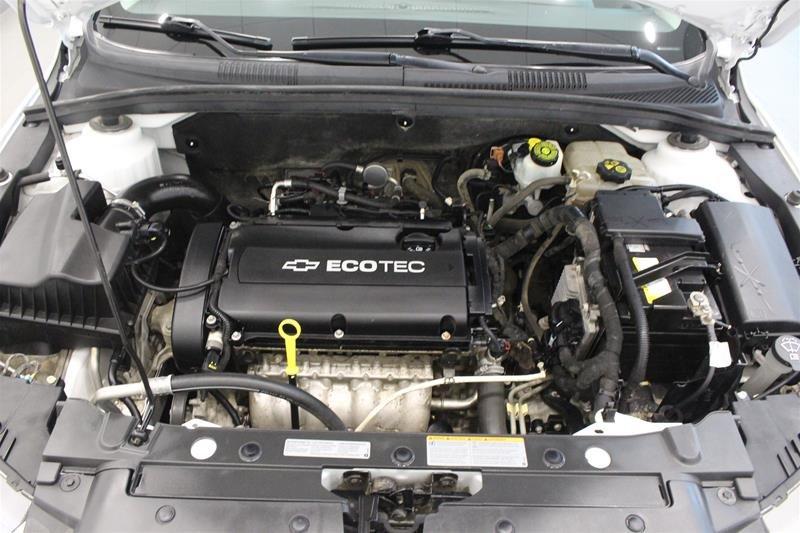 2011 Chevrolet Cruze LS Sedan in Regina, Saskatchewan - 16 - w1024h768px