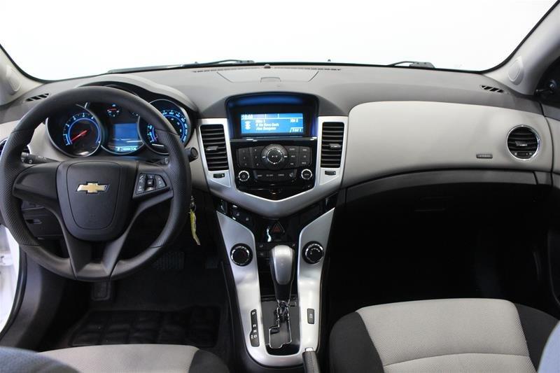 2011 Chevrolet Cruze LS Sedan in Regina, Saskatchewan - 13 - w1024h768px