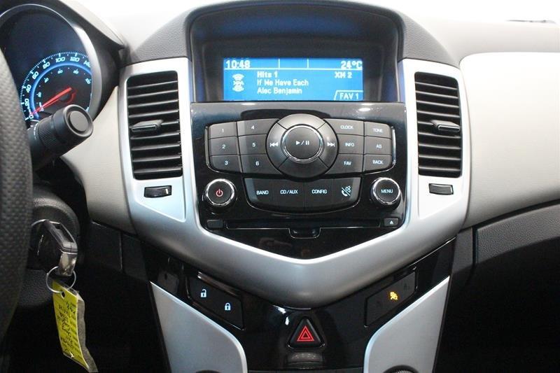 2011 Chevrolet Cruze LS Sedan in Regina, Saskatchewan - 7 - w1024h768px