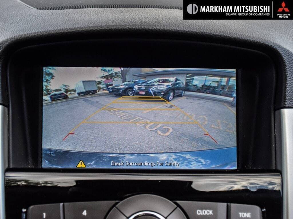 2015 Chevrolet Cruze LT Turbo in Markham, Ontario - 19 - w1024h768px