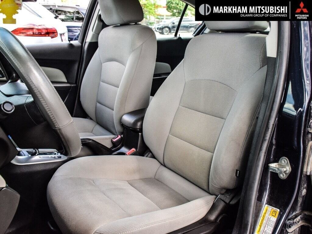 2015 Chevrolet Cruze LT Turbo in Markham, Ontario - 9 - w1024h768px