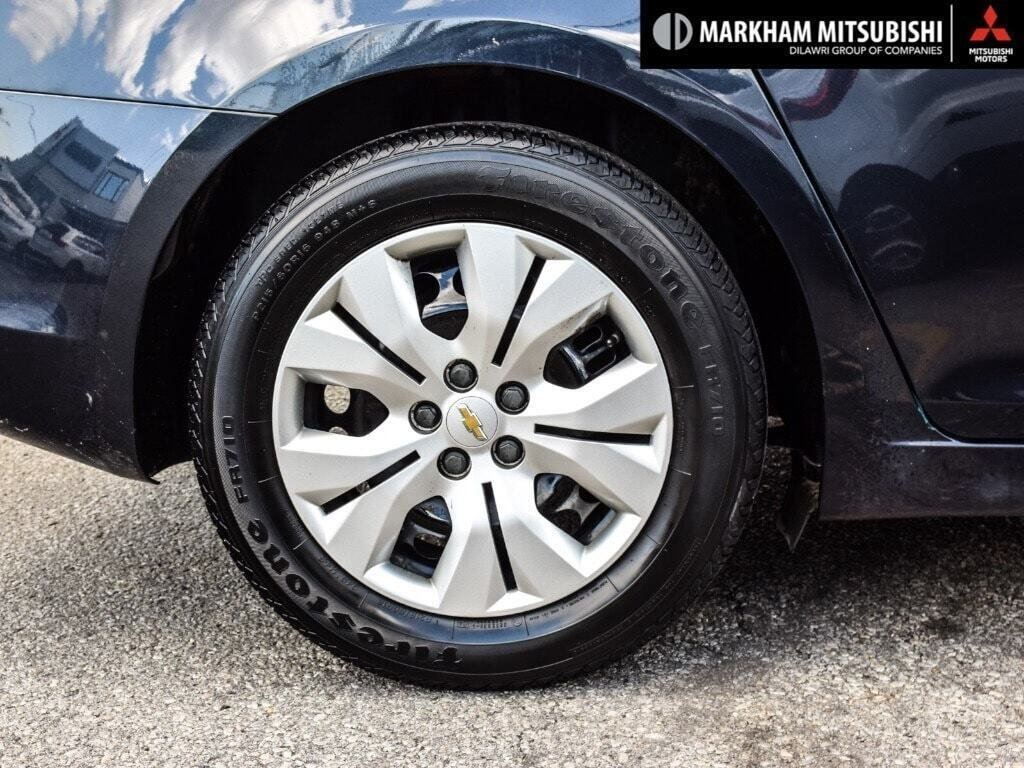 2015 Chevrolet Cruze LT Turbo in Markham, Ontario - 8 - w1024h768px