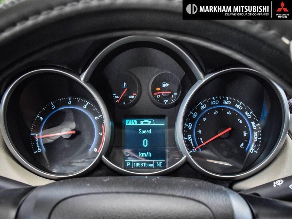 2015 Chevrolet Cruze LT Turbo in Markham, Ontario - 13 - w1024h768px