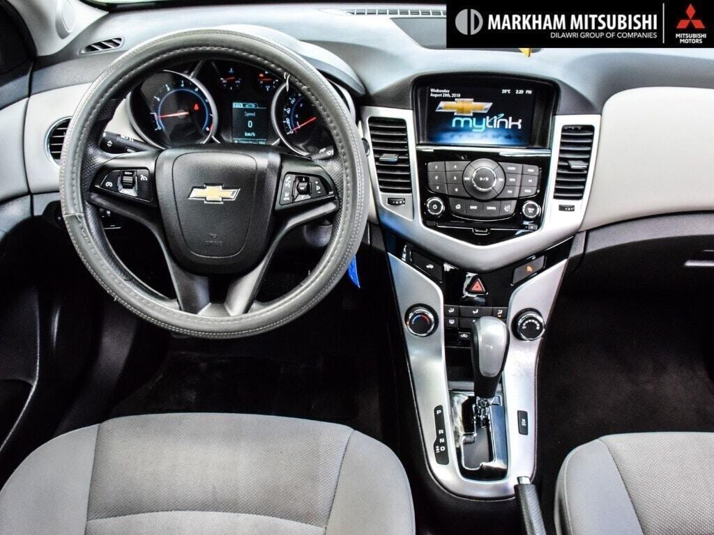2015 Chevrolet Cruze LT Turbo in Markham, Ontario - 12 - w1024h768px