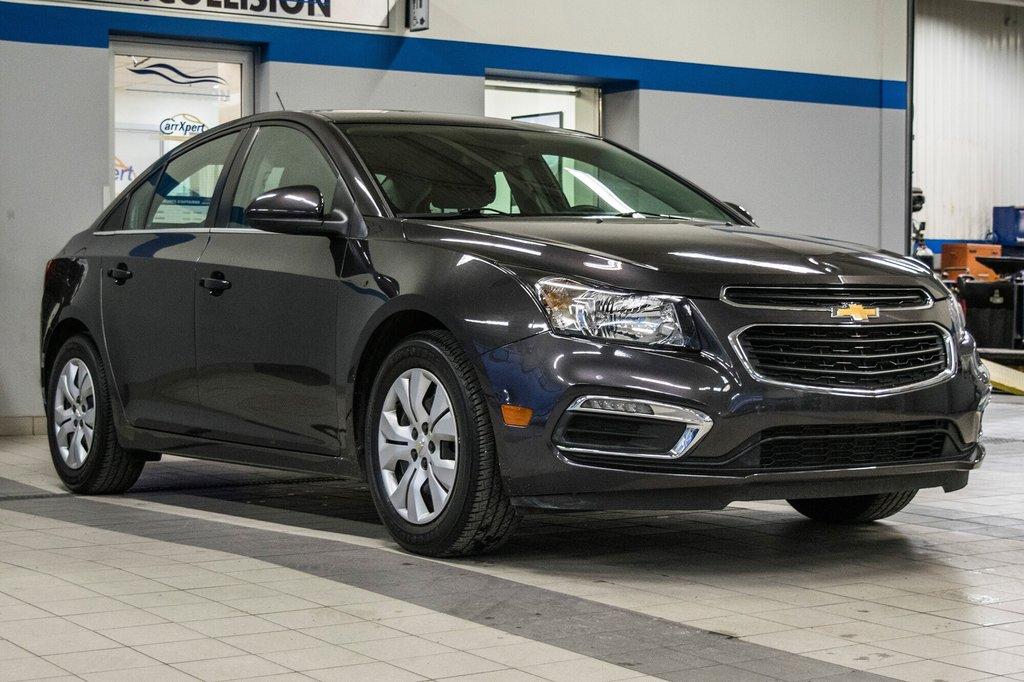 2015 Chevrolet Cruze LT  **GROUPE ELECTRIQUE ** CAMERA ** in Dollard-des-Ormeaux, Quebec - 2 - w1024h768px